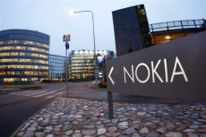 Nokia takes smartphone business back from Microsoft